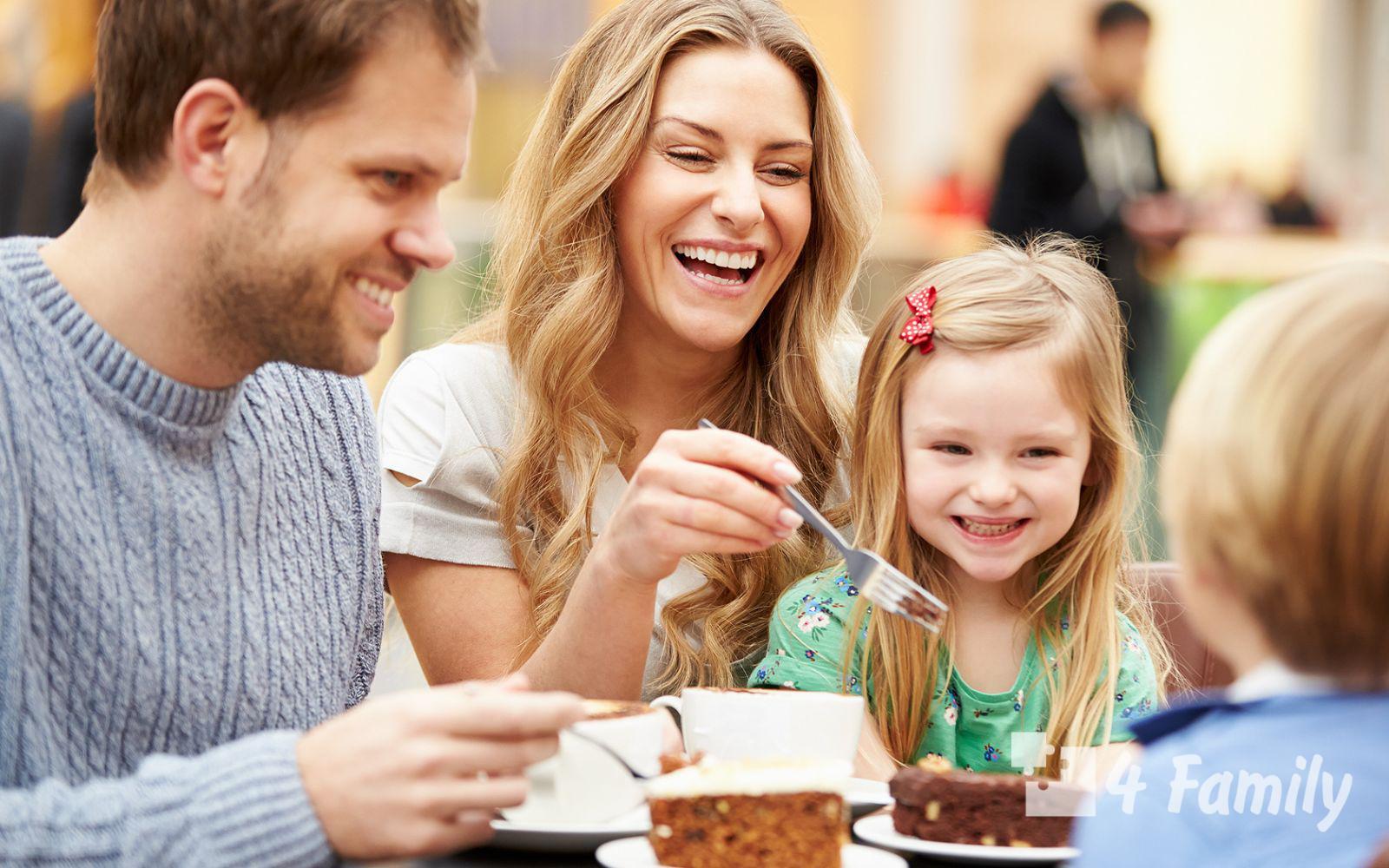 Поход с ребенком в ресторан: советы родителей