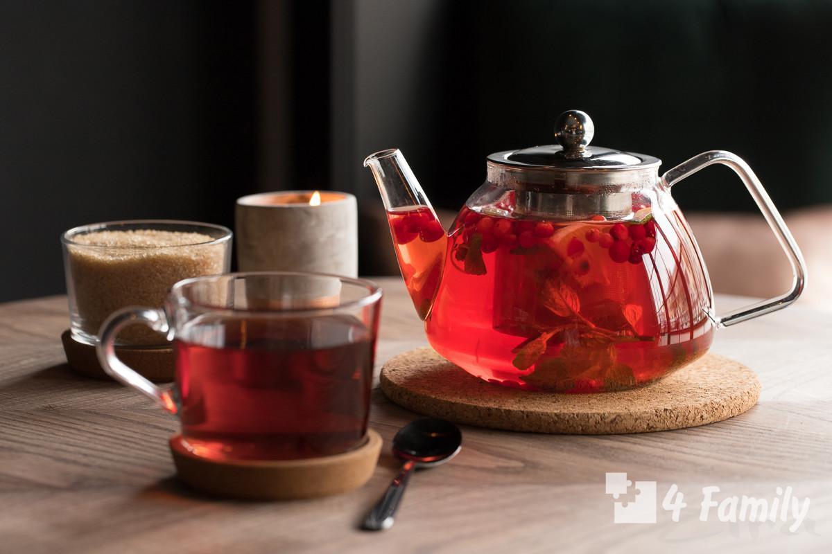 Брусничный чай: полезные свойства и противопоказания