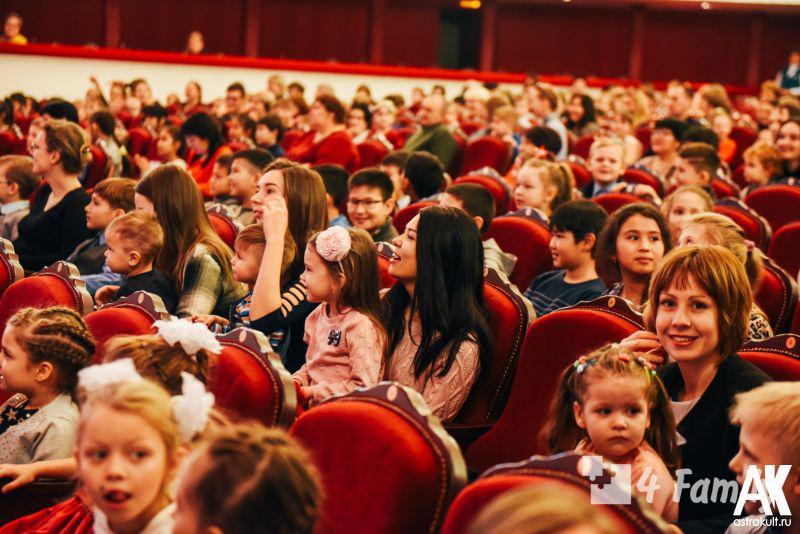 Как организовать поход с ребенком в театр