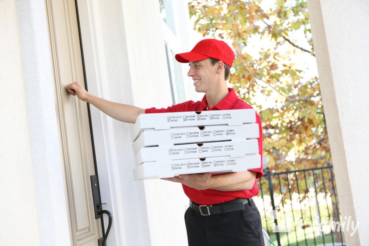 Фото. Правила выбора службы доставки еды
