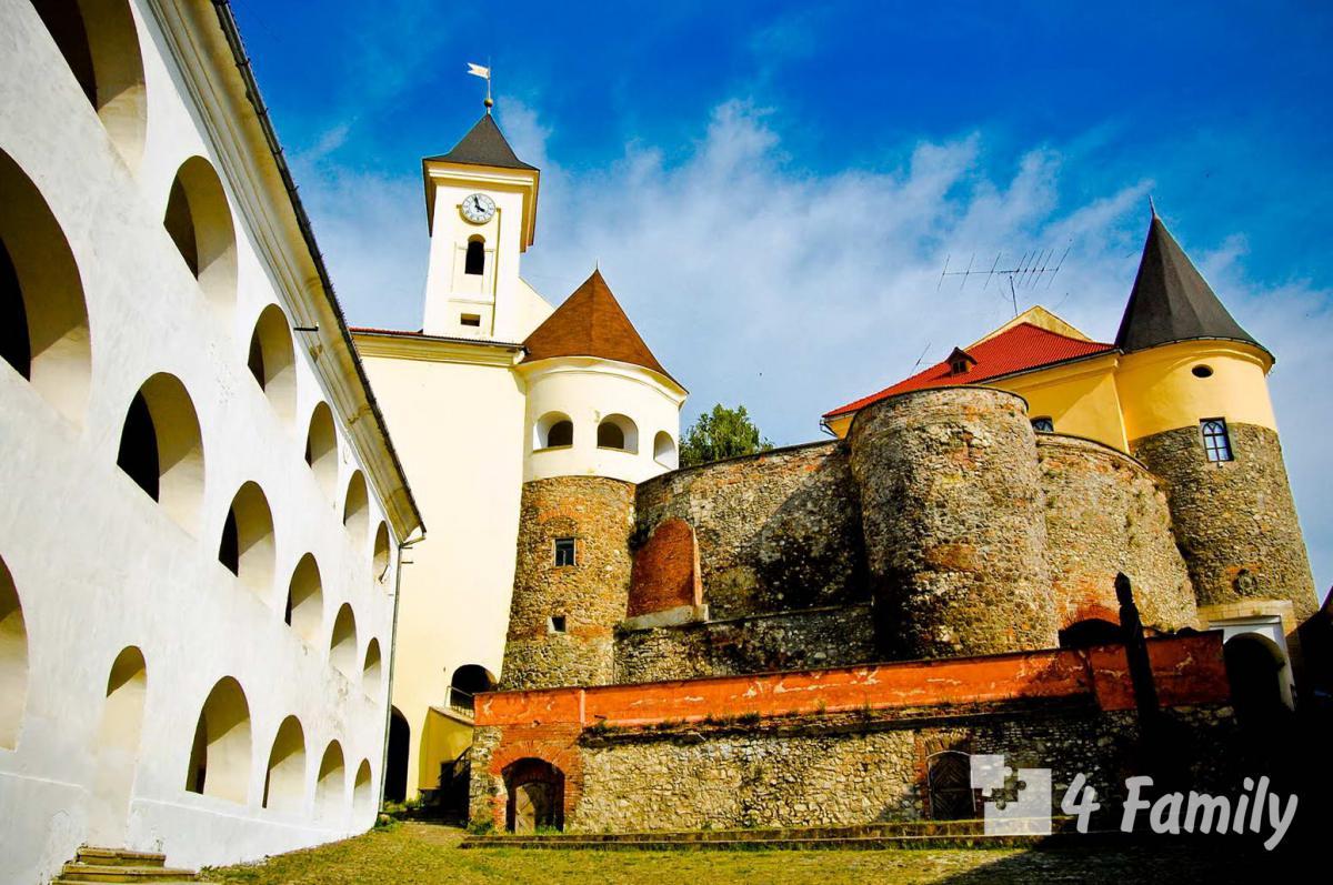 Фото. Замок Паланок