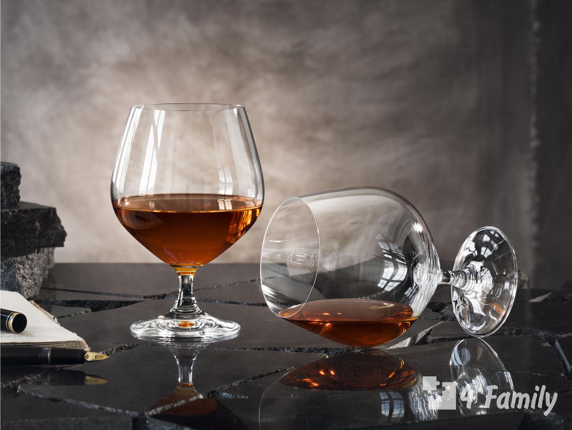 Коньяк: что нужно знать, как делают, полная история напитка