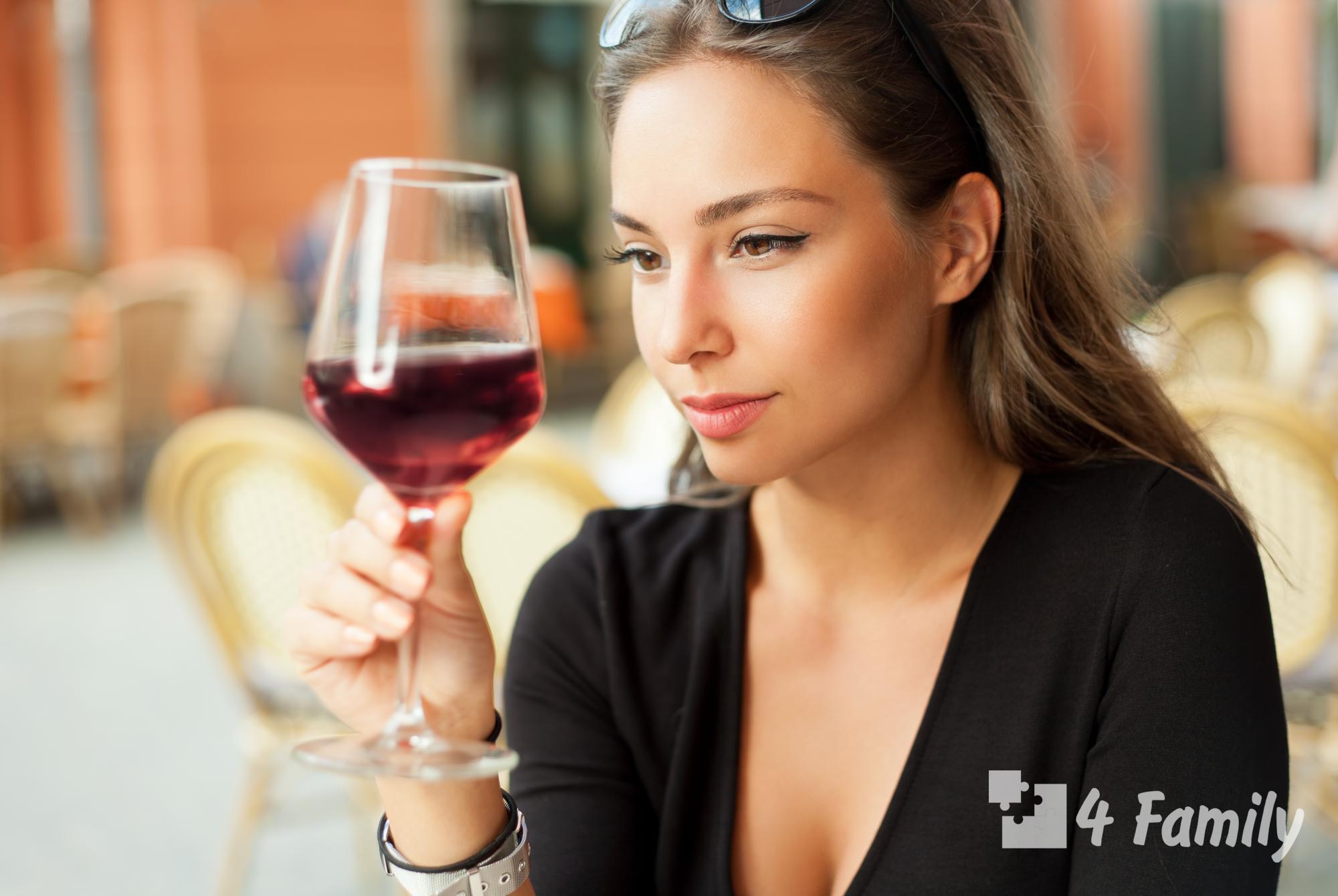 Фото. Можно ли беременным безалкогольное вино