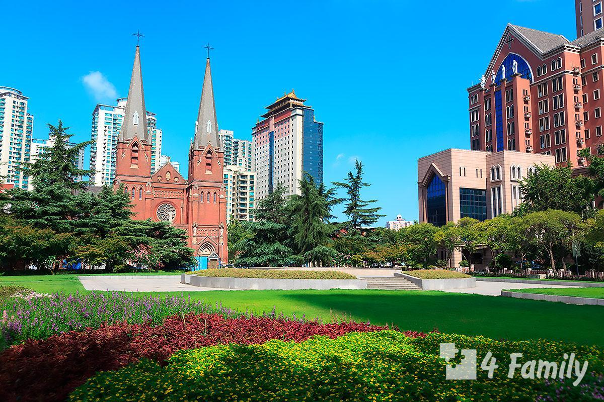 Собор святого Игнатия в Шанхае