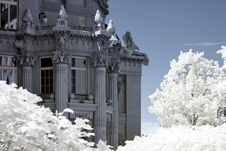 Самое неординарное и запоминающееся здание – Дом с химерами в Киеве