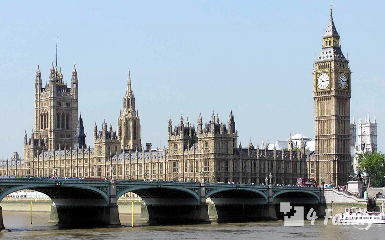 4family Вестминстерский дворец в Лондоне