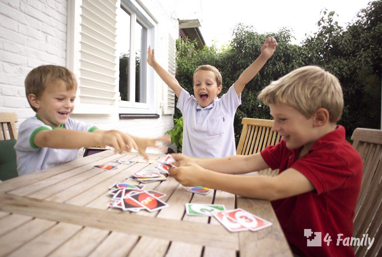 Топ 7 настольных игр для изучения английского с детьми