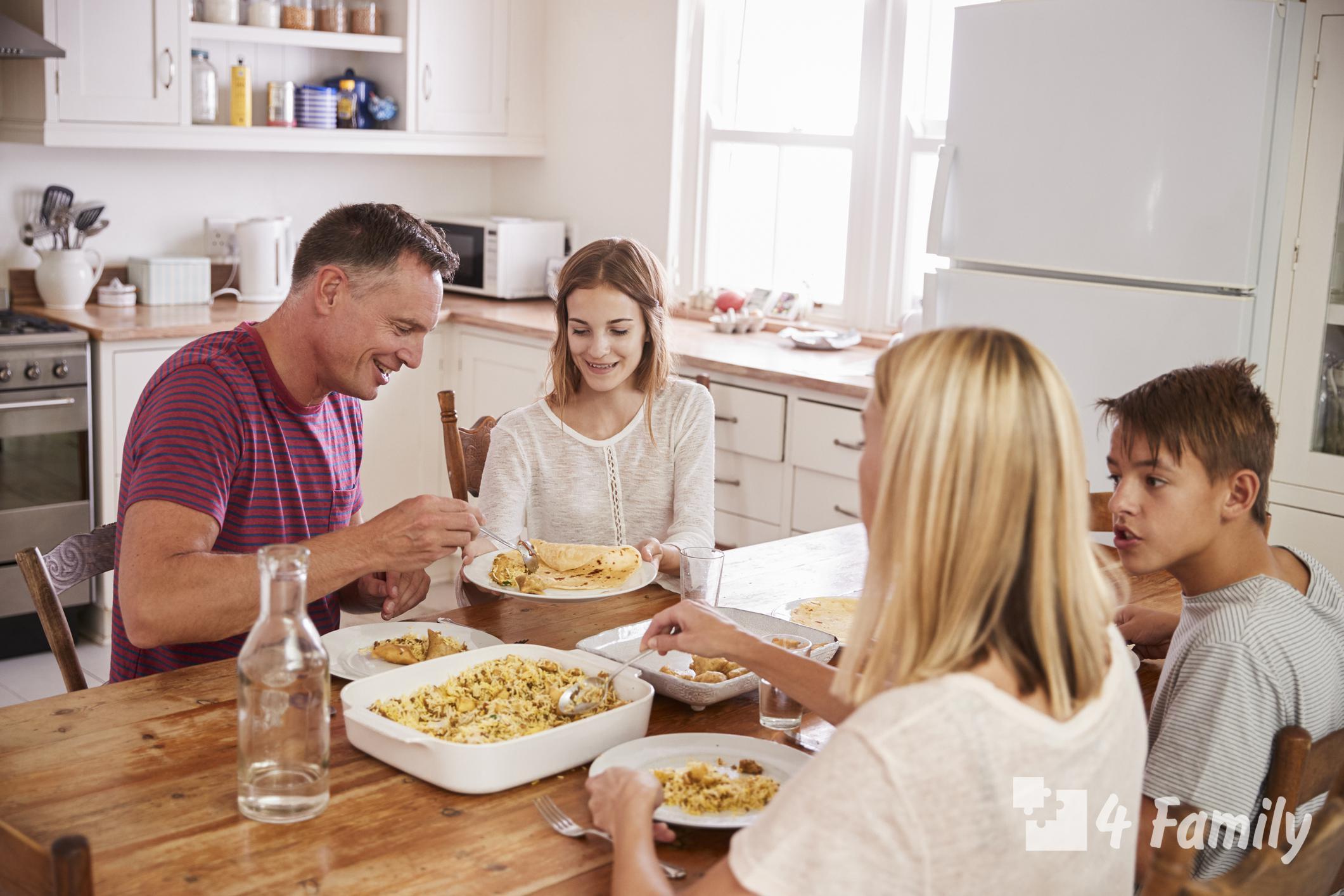 Какие бывают семейные традиции в семье, примеры наиболее интересных