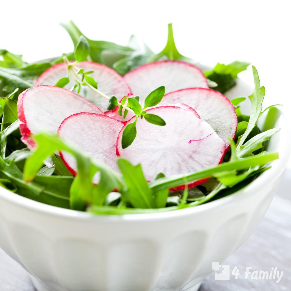 4family Как приготовить салат из редиски с зеленым горошком и мятой