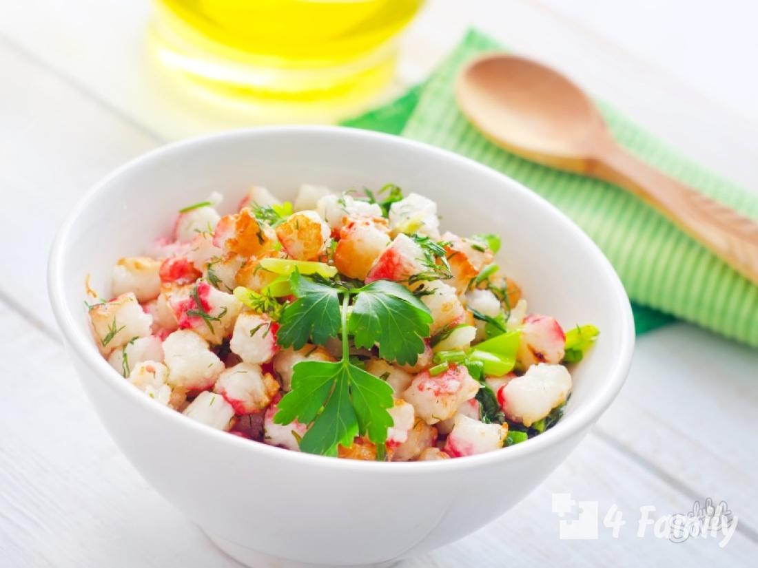 4family Как сделать салат из крабовых палочек, огурцов и сыра