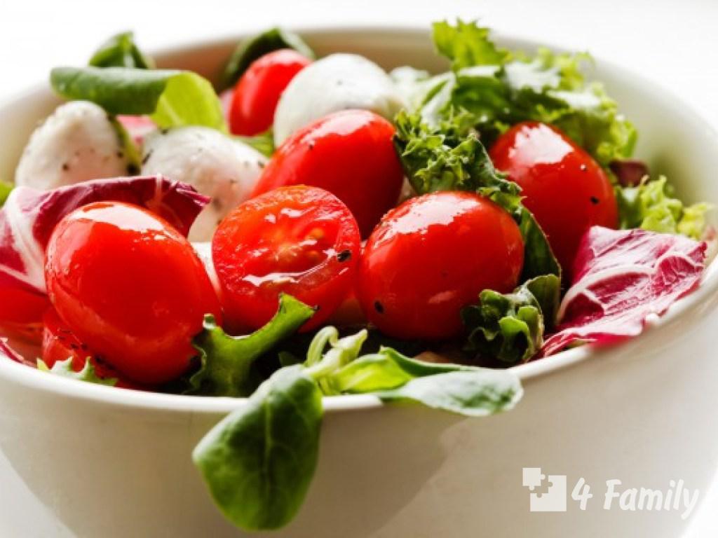 4familyКак сделать салат из огурцов и помидоров