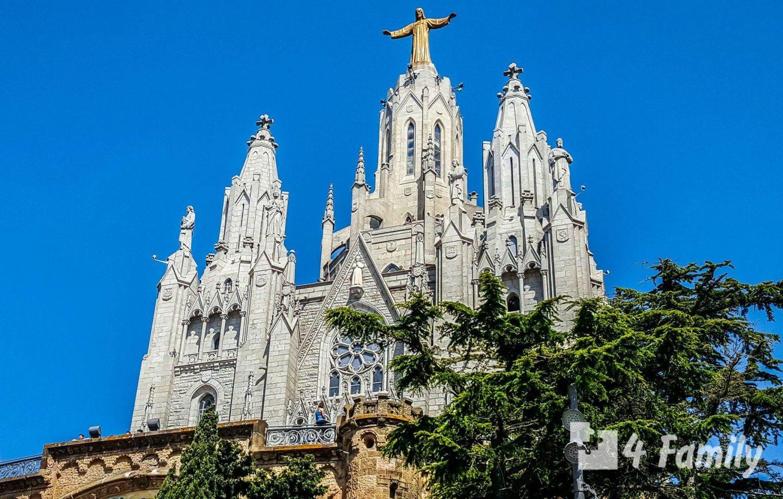 4family Храм Святого Сердца в Барселоне