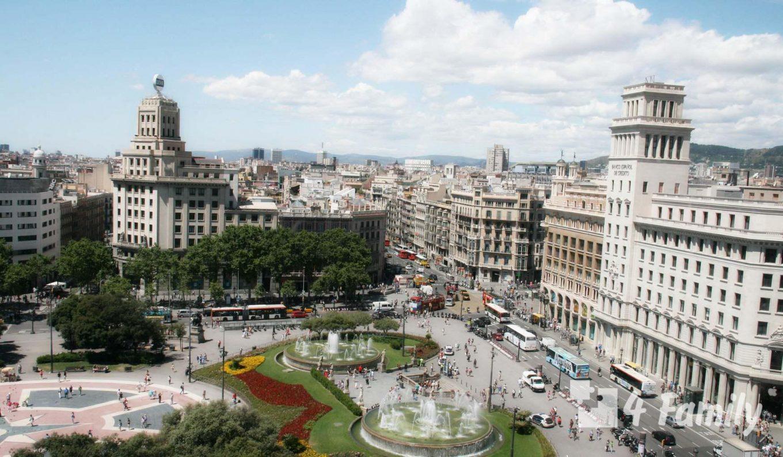 4family Площадь Каталонии в Барселоне