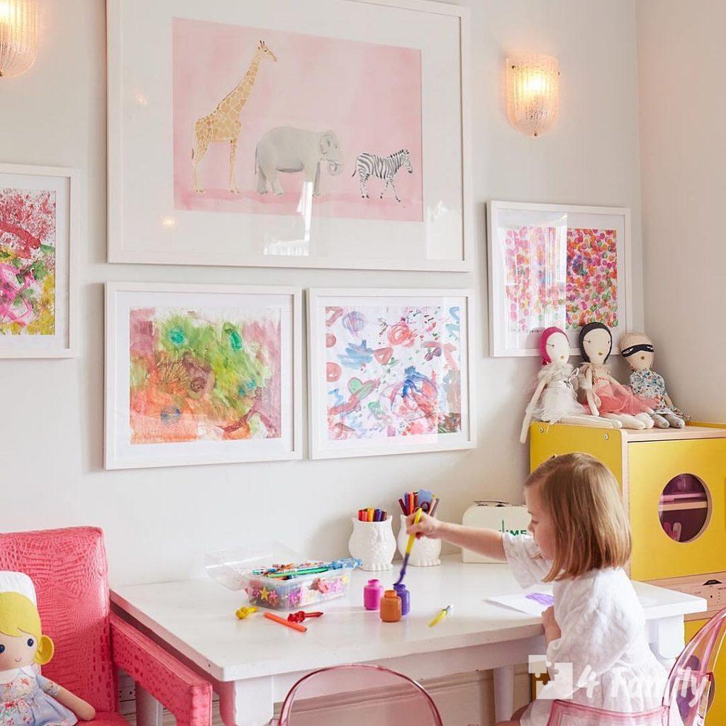 4family Как хранить детские рисунки и фотографии