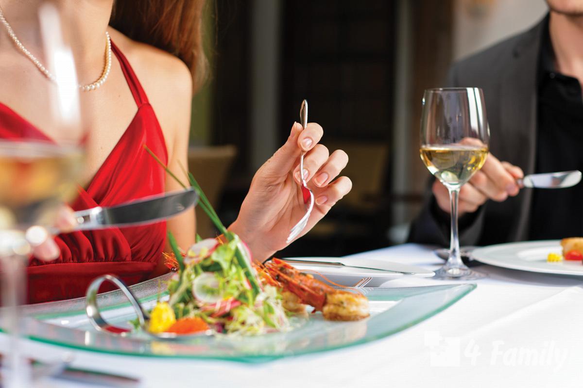 Как правильно вести себя в ресторане