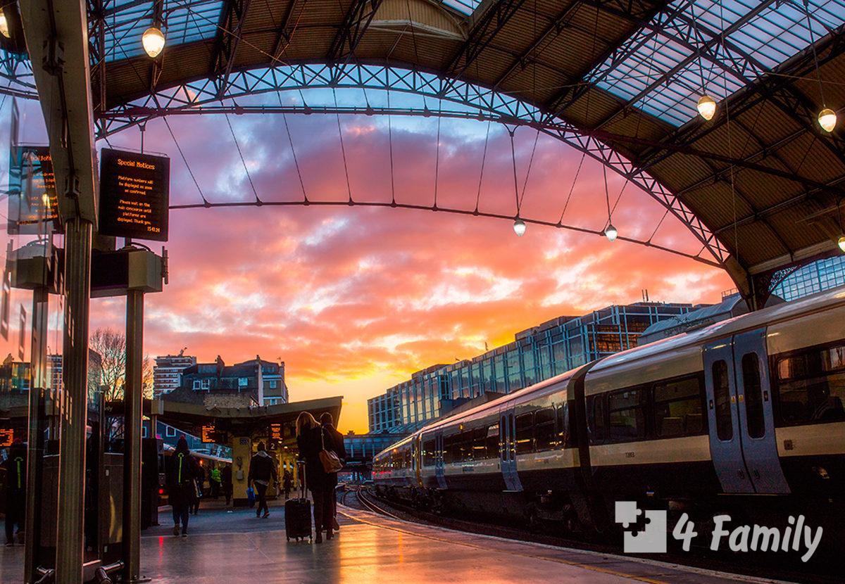 Вокзал Виктория в Лондоне